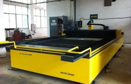 BENCH-TYPE-CNC-PLASMA-CUTTING-MACHINE-1024x764