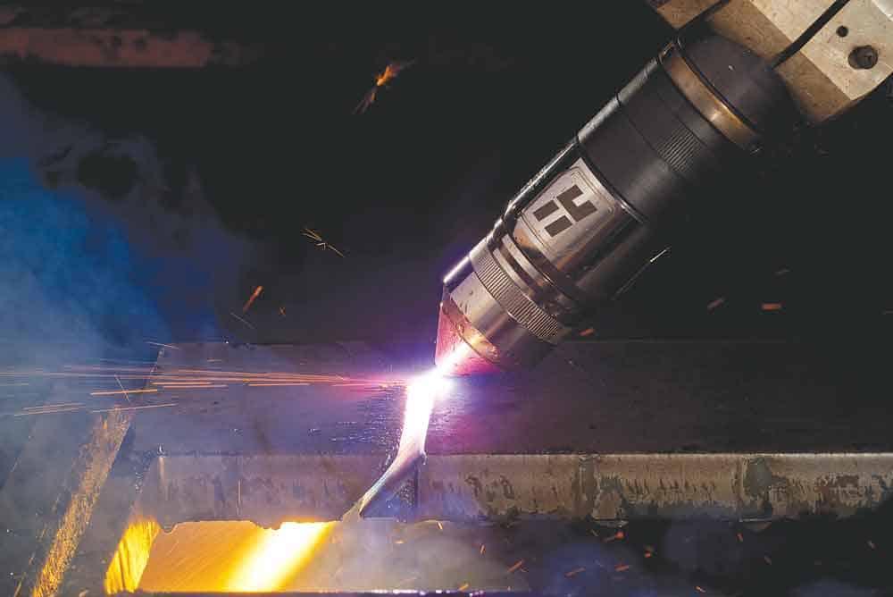 Может ли плазменный резак разрезать закаленную сталь_
