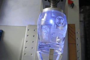 نموذج آلة وسم الأشعة فوق البنفسجية بالليزر 300x200